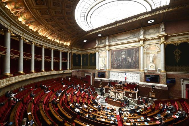 Mercredi 25 septembre, les députés ont étudié les premiers amendements sur l'ouverture de la PMA à toutes les femmes.