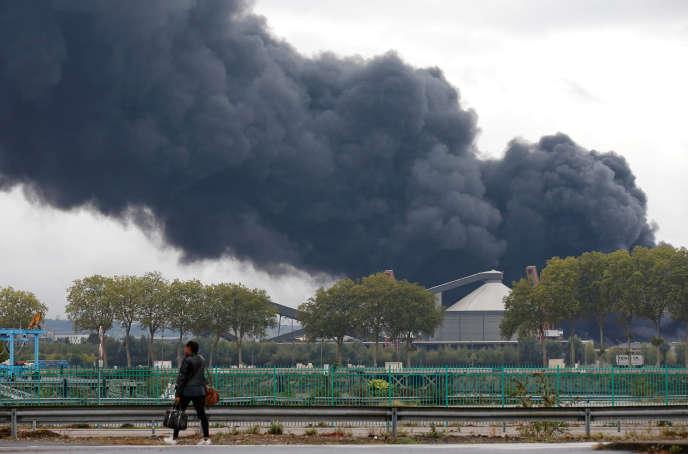 L'incendie de l'usine Lubrizol, à Rouen, le 26 septembre.