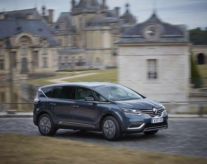 Une Renault Espace Initiale (2017).