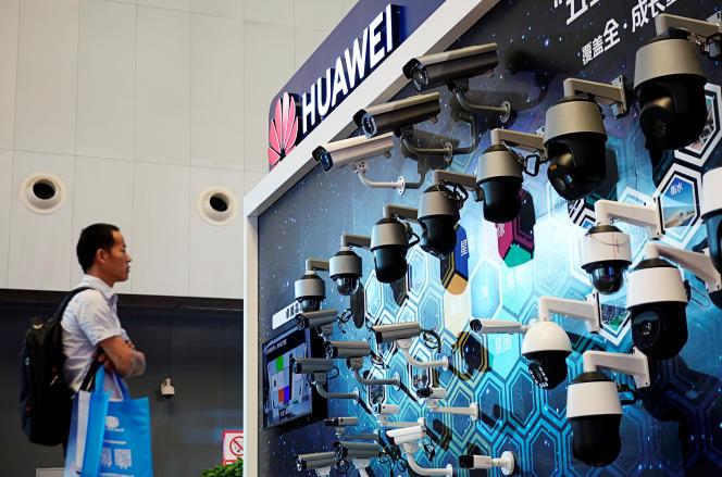 Des équipements de vidéosurveillance de Huawei, lors d'un salon sur la sécurité à Shanghaï, le 24 mai 2019.