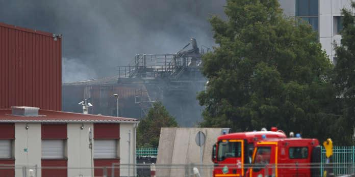 Des analyses biologiques anormales pour des pompiers intervenus sur l'incendie de Lubrizol