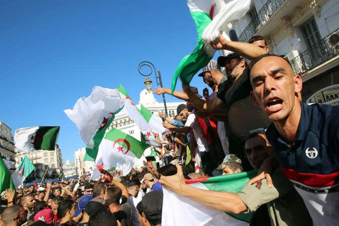 Lors d'une manifestation à Alger, le 27 septembre.