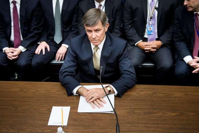 Le directeur par intérim du renseignement national, Joseph Maguire, devant les élus de la commission du renseignement, à Washington, le 26 septembre.