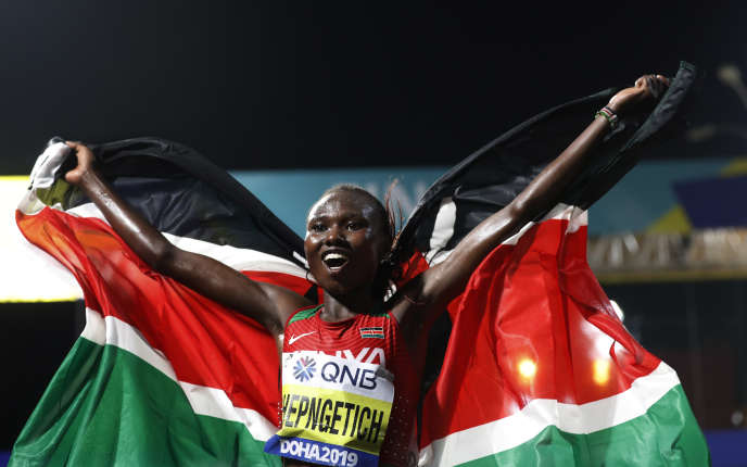 Ruth Chepngetich a triomphé au marathon à Doha, samedi 28 septembre.