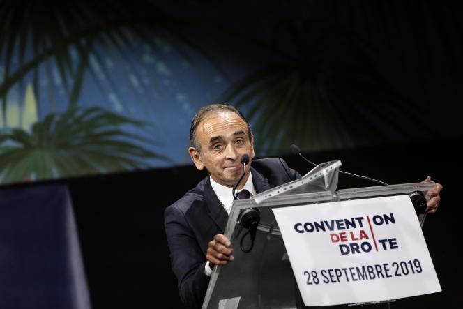 Éric Zemmour a donné un discours très virulent, autour de ses thèmes de prédilection : l'immigration et l'islam.