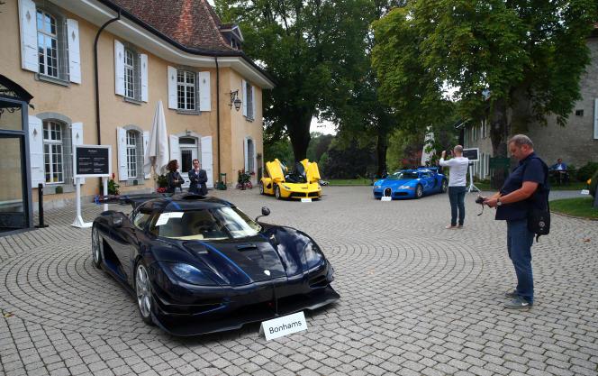 Lors de la vente des voitures de Teodorin Obiang, près de Genève, en Suisse, le 27septembre 2019.