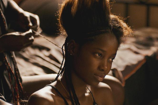 Mama Sané interprète Ada dans « Atlantique», le premier long-métrage de Mati Diop.