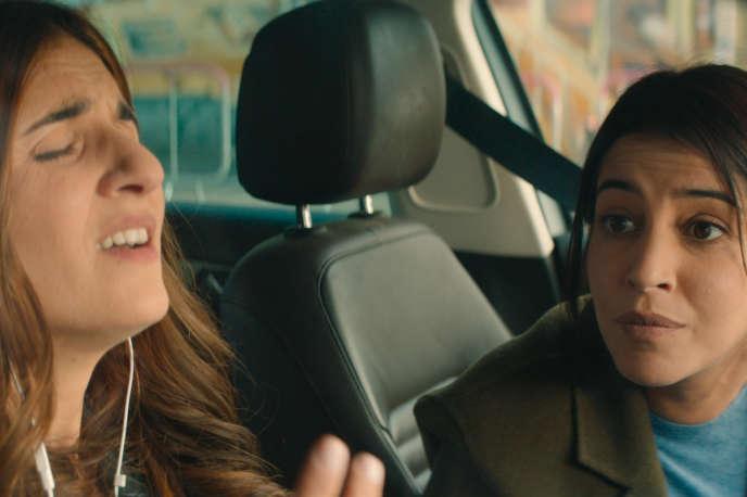 Géraldine Nakache (Vali) et Leïla Bekhti (Mina) dans« J'irai où tu iras».