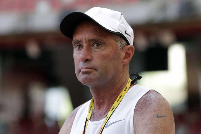 L'entraîneur phare du Nike Oregon Project, Alberto Salazar, suspendu quatre ans pour incitation au dopage en plein Mondiaux d'athlétisme de Doha.