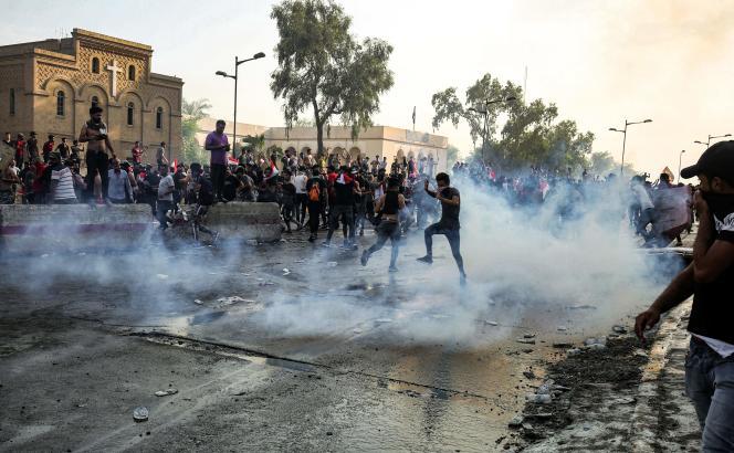 Manifestation à Bagdad (Irak), le 1er octobre.