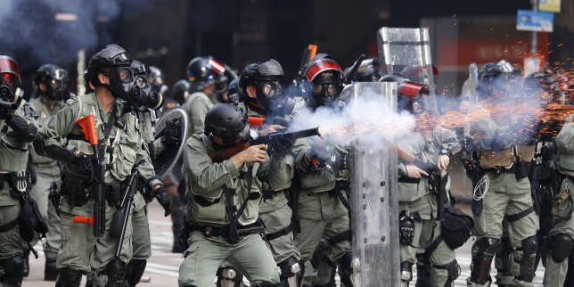 En direct : violents affrontements àHongkong en marge du 70eanniversaire delaChine populaire
