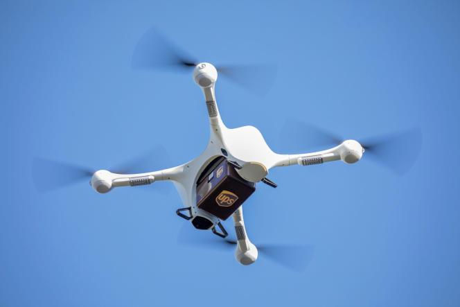 Un drone d'UPS transportant des produits médicaux à Raleigh, en Caroline du Nord.