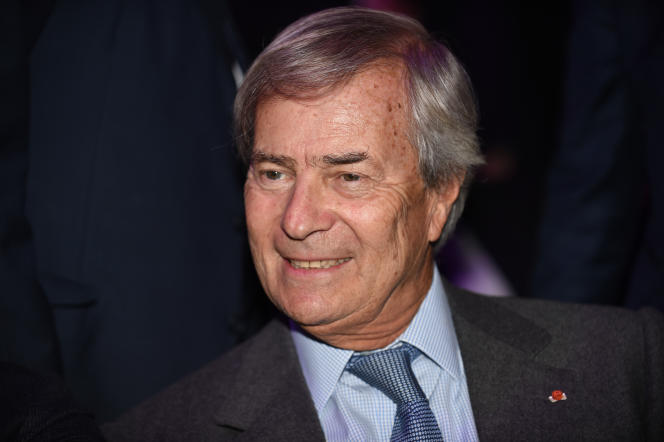 Vincent Bolloré, principal actionnaire de Vivendi, lors de l'assemblée générale du groupe, à Paris, le 15 avril.