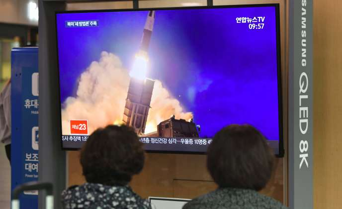 La Corée du Nord a tiré, mercredi 2 octobre, ce qui pourraît être un missile mer-sol balistique.