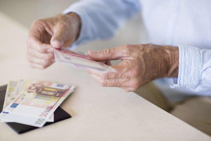 Si le retraité vit longtemps et que ses retraits sur son PER ont été importants, il risque d'avoir consommé l'intégralité de son capital avant son décès et de se retrouver, dans le grand âge, sans les revenus de son épargne-retraite.