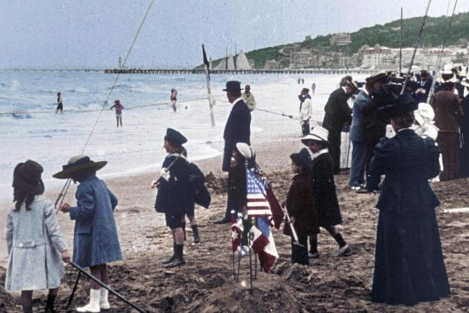 « Une si Belle Epoque ! La France d'avant 1914 », documentaire de Hugues Nancy, écrit avec la collaboration de Dominique Kalifa (conseiller historique).