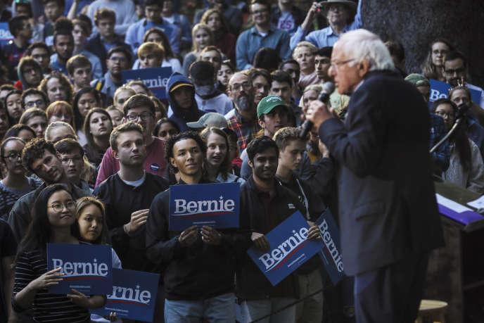 Bernie Sanders en visite sur le campus de Dartmouth College à Hanover (New Hampshire), le 29 septembre.