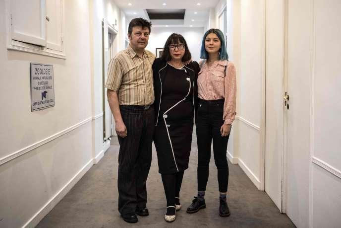 Dominique et Sylvie Mennesson, avec leur fille Fiorella, en octobre 2018.