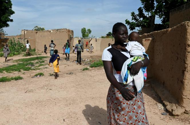 Dans le village de Yagma, près de Ouagadougou, le 17 septembre. Le nombre de déplacés dans le pays atteint désormais près de 300 000 personnes en raison de la violence des groupes djihadistes.