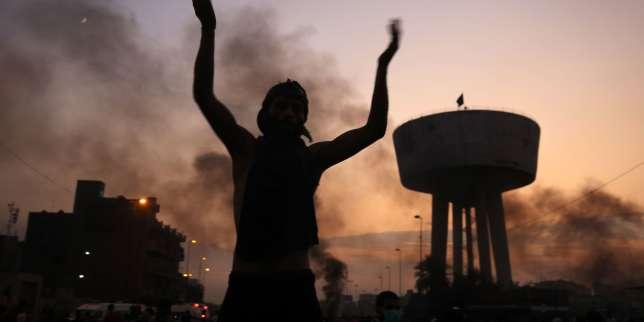 Scènes de chaos et coupure massive d'Internet en Irak