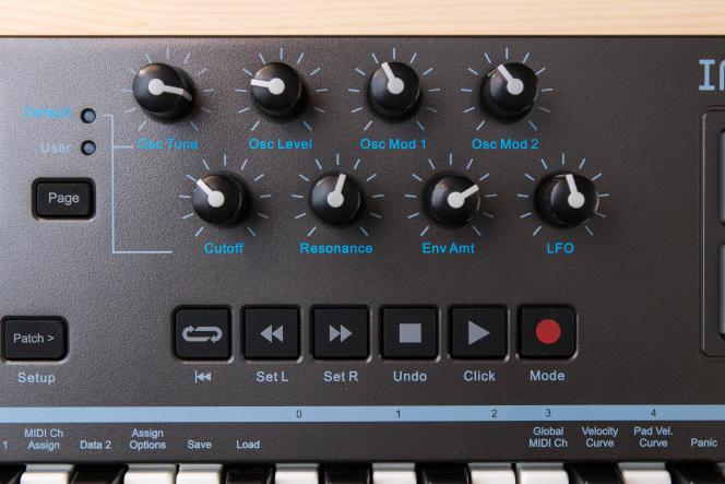 Un jeu de boutons matériels sur le LX25+ permet de commander à distance les fonctions DAW logicielles.