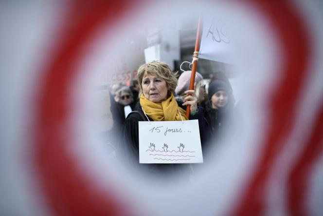 Manifestation contre la loi asile et immigration en février 2018 à Paris.