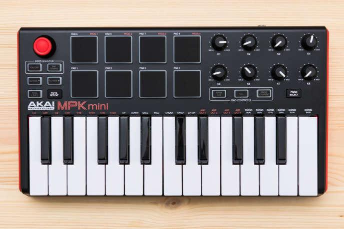 Comparatif : les meilleurs claviers maîtres MIDI pour débutants