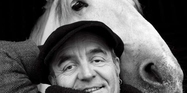 Jean-Luc Thomas, le flûtiste qui enchante les chevaux de Zingaro