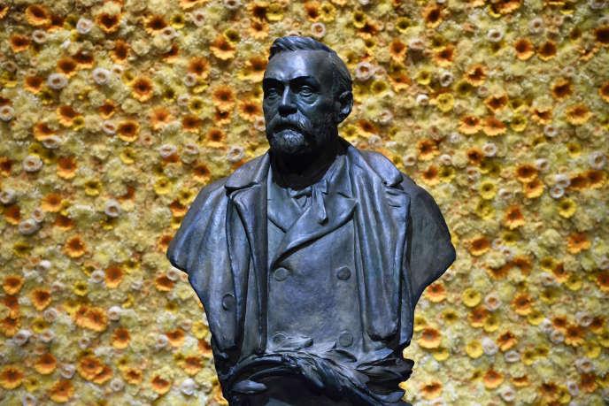 Un buste d'Alfred Nobel, à Stockholm.
