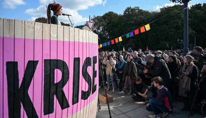 Carola Rackete, la capitaine du navire humanitaire «Sea-Watch 3», le 7 octobre à Berlin, lors d'un rassemblement à l'appel du mouvement Extinction Rebellion.
