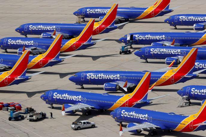 Plusieurs Boeing 737 Max de Southwest Airlines immobilisés à l'aéroport de Victorville en Californie, le 26 mars.