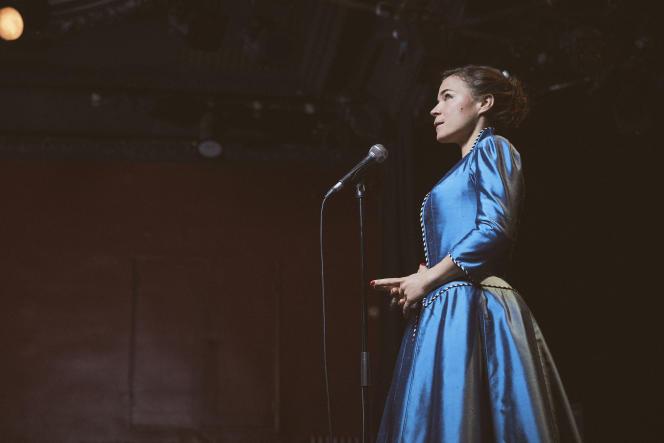 L'humoriste Blanche Gardin dans son seule-en-scène,« Bonne nuit Blanche».