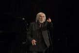 Poétique et rêveuse, la «traversée de la nuit» du comédien Pierre Richard au Monde Festival