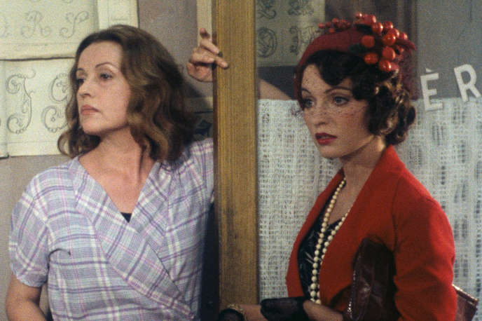 Jeanne Moreau et Marie-France Pisier dans«Souvenirs d'en France»(1975), d'André Téchiné.