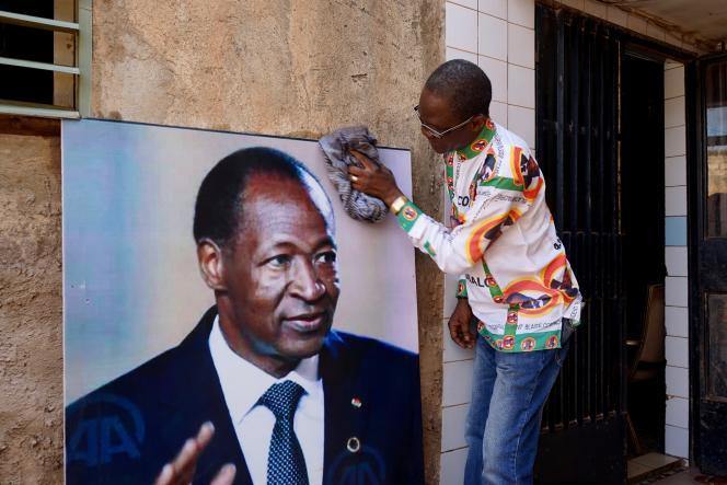Nana Thibaut fut l'un des premiers à réclamer le retour de l'ancien chef de l'Etat, dès 2016. Il est le fondateur du Mouvementpour la réconciliationet le retour de Blaise Compaoré.