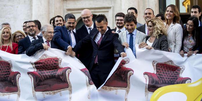 En Italie, le M5S impose la réduction du nombre de parlementaires