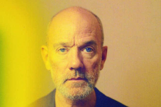 Autoportrait de Michael Stipe.