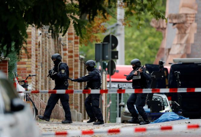 Intervention de la police à Halle, le 9 octobre.