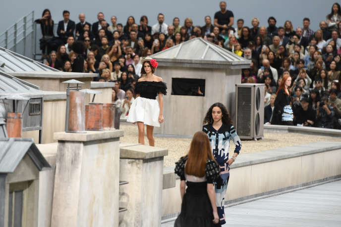 Défilé Chanel, le 1er octobre, au Grand Palais, à Paris.