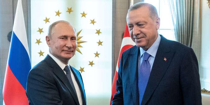 Syrie : face à la pression russe, Erdogan contraint à un exercice d'équilibriste
