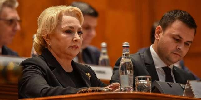 En Roumanie, le gouvernement social-démocrate renversé par le Parlement