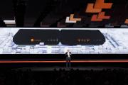Stéphane Richard, le PDG d'Orange, présente un nouveau modèle de Livebox à Paris, le 16 mars 2016.