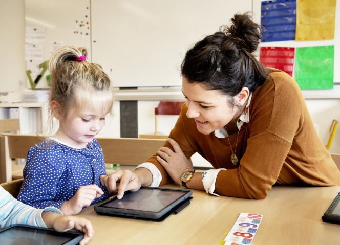 Dès les petites classes, les enseignants ont recours à des logiciels d'exercices numériques.