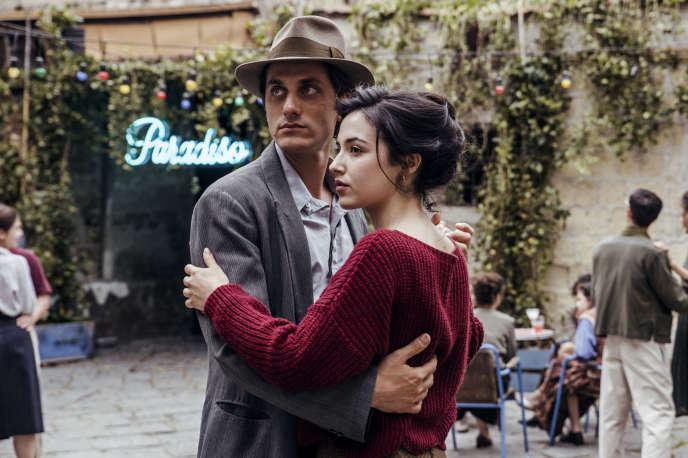Luca Marinelli (Martin) etDenise Sardisco (Margherita) dans«Martin Eden», de Pietro Marcello.