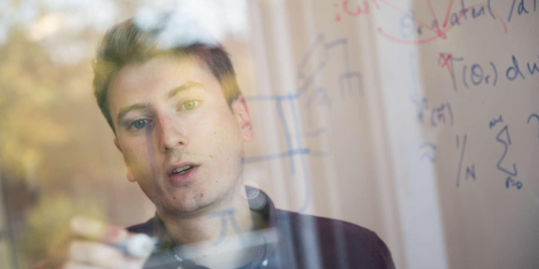 La métropole québécoise s'est imposée comme une référence du «deep learning», portée par le chercheur star Yoshua Bengio. Ses laboratoires attirent de nombreux étudiants internationaux, dont beaucoup de Français.