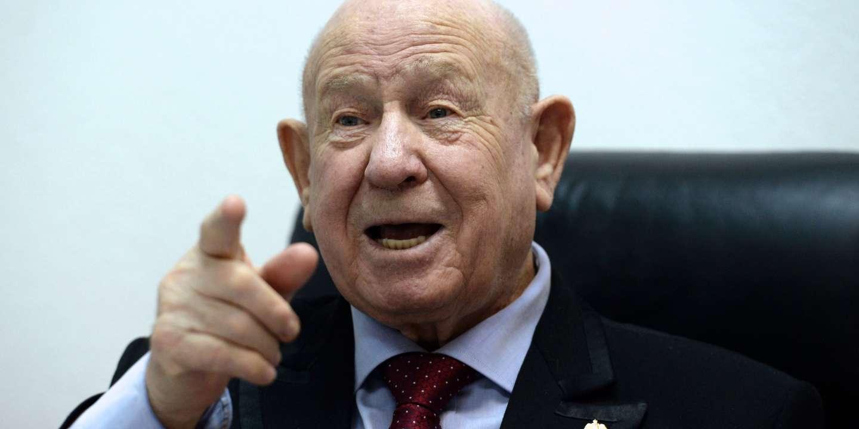 Mort d'Alexeï Leonov, premier homme à être sorti dans l'espace