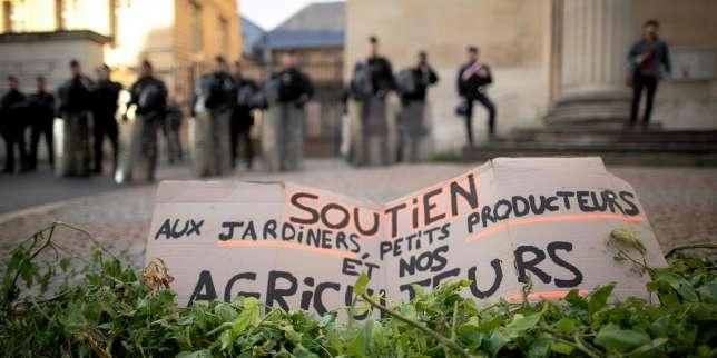 Planète : Toute l'actualité sur Le Monde.fr.Incendie à Rouen: les autorités sanitaires recommandent d'étendre la surveillance des substances générées par le feu