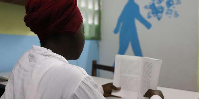 En Côte d'Ivoire, la vie secrète d'une adolescente séropositive