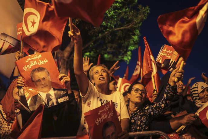 Des partisans de Nabil Karoui, le 11 octobre à Tunis.