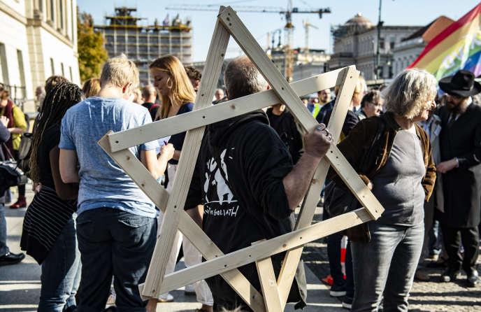 Manifestation contre la montée de l'antisémitisme à Halle, ce 13 octobre.